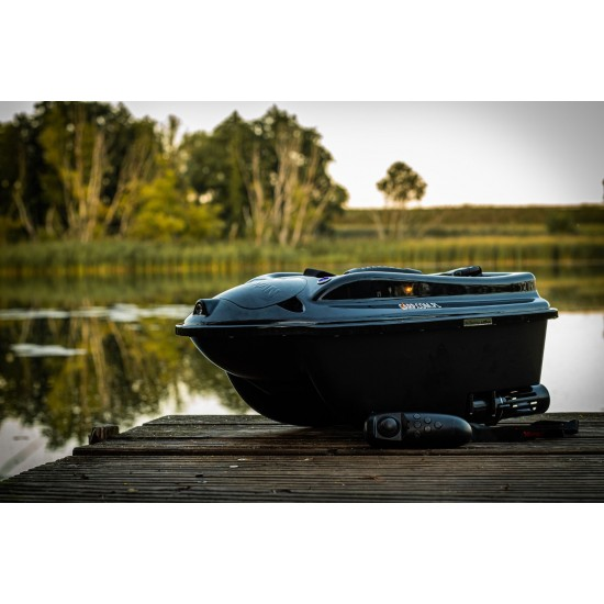Лодка за захранка Boatman ACTOR PLUS + SONAR