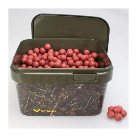 Протеинови топчета в кофа CarpMax 2,5кг Krill