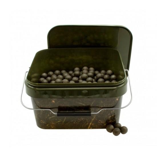 Протеинови топчета в кофа CarpMax 2,5кг Squid