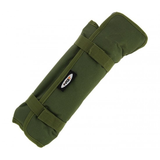 Комплект колчета за палатка с чук NGT Bivvy Pegs in Deluxe Roll Up Case